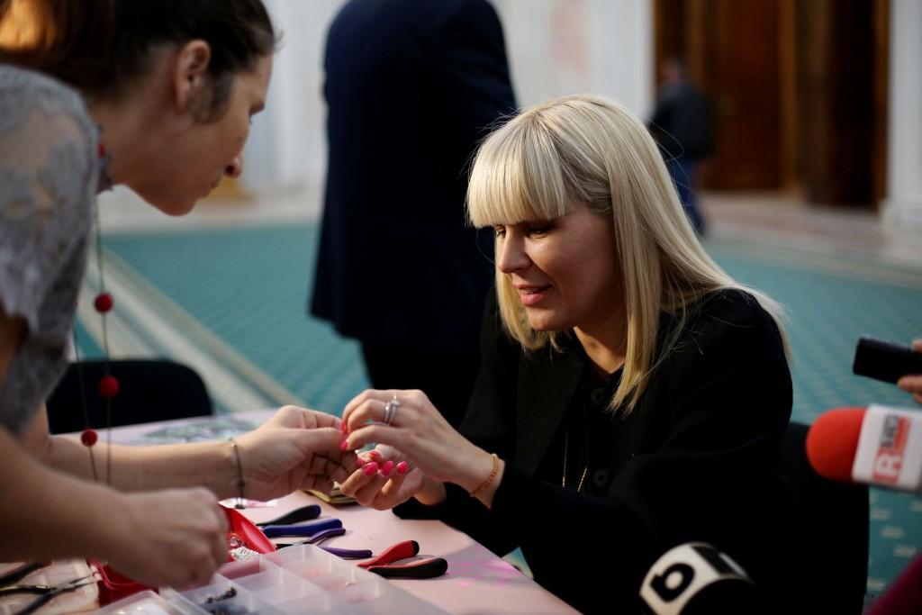 Elena Udrea la standul Touched Romania